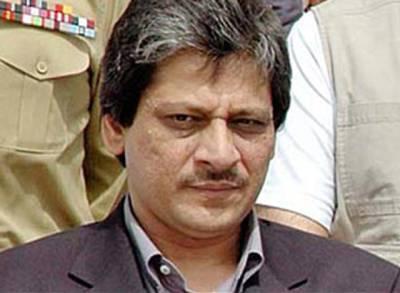 انقلاب مارچ، مزید صبر نہیں ہوگا: گورنر سندھ ، حکمران رضا کارانہ طور پر چلیں جائیں : الطاف حسین