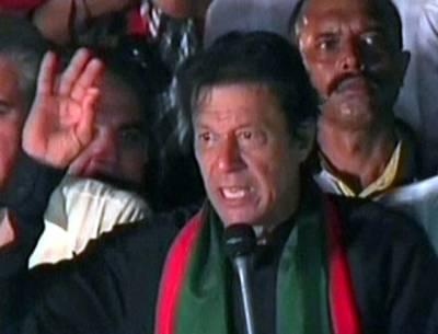 مشکل وقت میں قوم کی پہچان ہوتی ہے، 18 دنوں میں پاکستانیوں کو قوم بنتے دیکھا: عمران خان