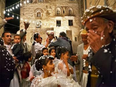 بیٹے کی شادی روکنے کے لئے یمنی ماں کا انوکھا طریقہ