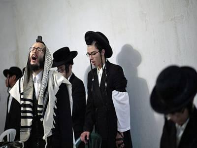 گاﺅں والوں نے یہودیوں کو گاﺅں سے نکال دیا