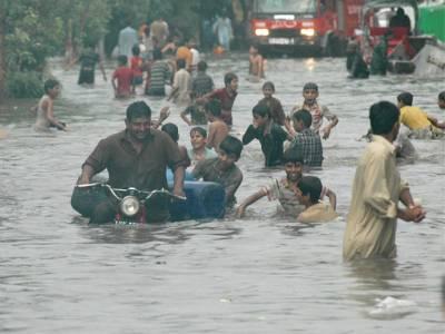 شدید بارشیں:لاہور میں ہلاکتوں کی تعداد 28 ہو گئی، لیسکو نے ایمرجنسی نافذ کر دی