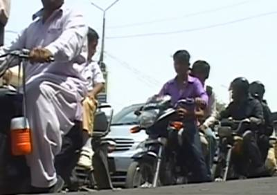 ٹارگٹ کلنگ، کراچی میں 15 روز کیلئے ڈبل سواری پر پابندی عائد