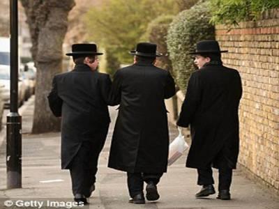 کٹر یہودیوں نے فضائی مسافروں کی زندگی اجیرن کردی