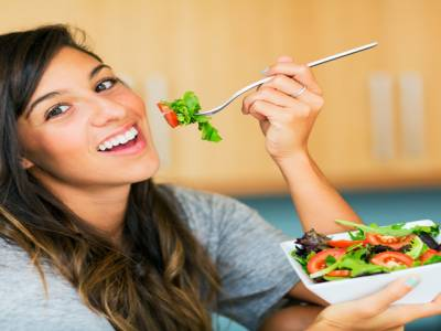وہ کھانے جو خواتین کو ضرور کھانے چاہئیں