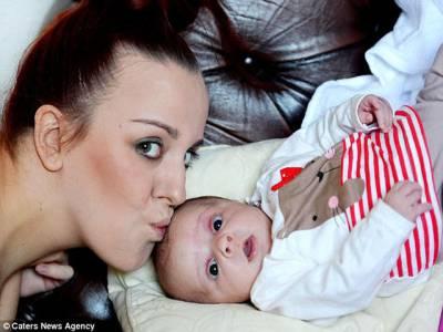 نوجوان خاتون کے ہاں 'اچانک' بچے کی پیدائش، ڈاکٹر حیران