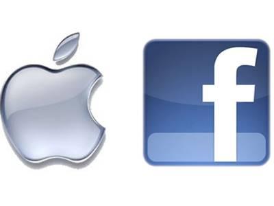 فیس بک اور ایپل کے سربراہوں کے درمیان الفاظ کی جنگ