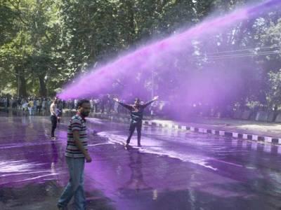 """تحریک انصاف سے """"نمٹنے """"کیلئے تیاریاں مکمل ،فیصل آباد میں'لال' واٹرکینن تیار"""