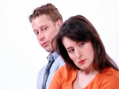 بیوی کی شوہر کو شرمناک طریقے سے مارنے کی کوشش