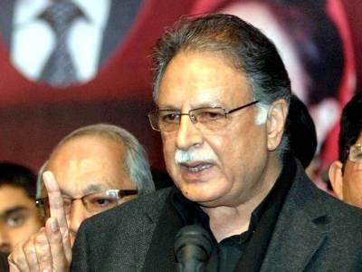 عمران کی کراچی میں آنکھیں چرانے، لاہور میں دکھانے کی پالیسی ہے: پرویز رشید