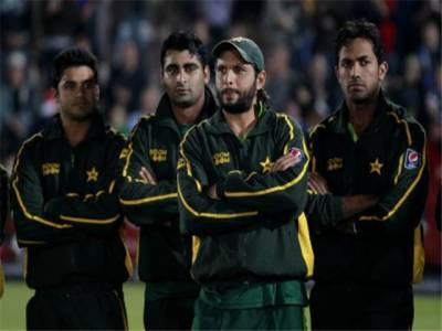 پاکستانی کھلاڑی سانحہ پشاور کے سوگ میں چوتھا ون ڈے سیاہ پٹیاں باندھ کر کھیلیں گے