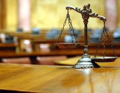 سیاسی رہنماﺅں کا خصوصی عدالتوں کے قیام کیلئے آئینی ترمیم لانے پر اتفاق