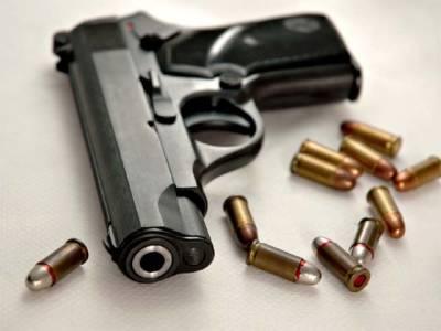 دو بہنوں نے سوتے ہوئے بھائی کو قتل کر دیا