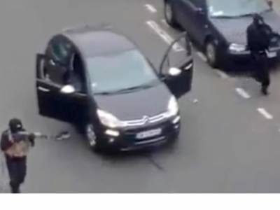 فرانسیسی میگزین کے دفتر پر حملہ، وہ بہادر مسلمان جس کا مغربی میڈیا ذکر کرنے سے کترارہا ہے