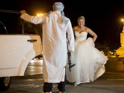 شادی کی انوکھی رسم جس میں مسلح افراد دلہن کو اغواءکرلیتے ہیں