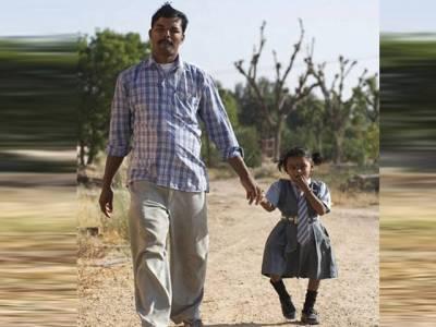 دیوی کو انسان کیوں بنایا،بھارتی باپ کوڑی کوڑی کا محتاج ہو گیا
