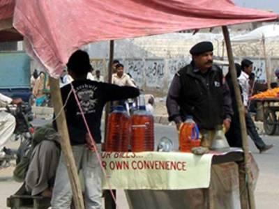 پٹرول بحران پشاور میں کھلے عام پٹرول کی فروخت پر پابندی