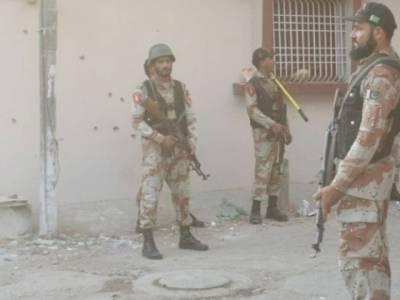 رینجرز کے مختلف علاقوں میں چھاپے، 21 ملزمان گرفتار
