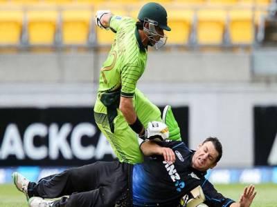 پہلا ون ڈے، نیوزی لینڈ نے پاکستان کو سات وکٹوں سے شکست دیدی