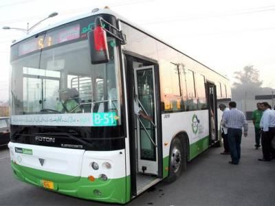 پٹرول کی قیمت گرنے کے بعدسیکرٹری ٹرانسپورٹ نے کرایوں میں بھی کمی کا اعلان