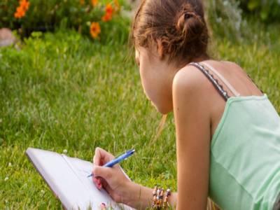 11سالہ بچی کا اظہار محبت ،بچے کے جواب نے دنیا کو حیرت میں مبتلا کر دیا