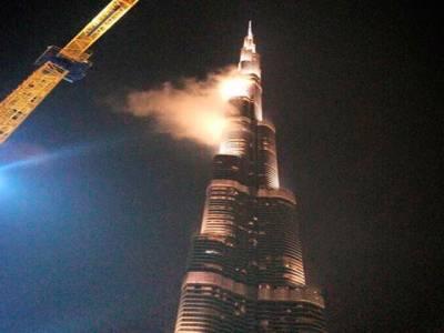 دبئی میں عظیم آگ؟اماراتی پریشان لیکن۔۔۔