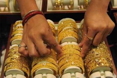سونے کی فی تولہ قیمت 48,300 روپے ہو گئی