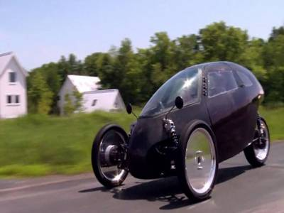 حیرت انگیز سائیکل جو کار کی رفتار سے چلے