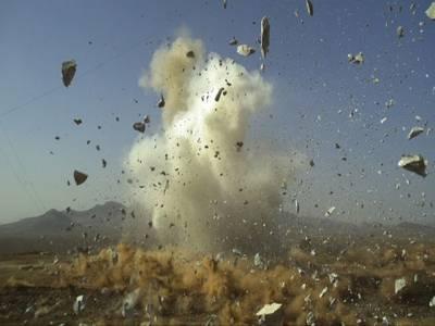 یوحناآباد دھماکے ، مشتعل ہجوم نے پولیس اہلکار مارڈالا، دوکی حالت نازک