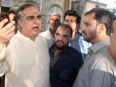ایم کیو ایم تحریک انصاف سے خوفزدہ ہے:عمران اسماعیل