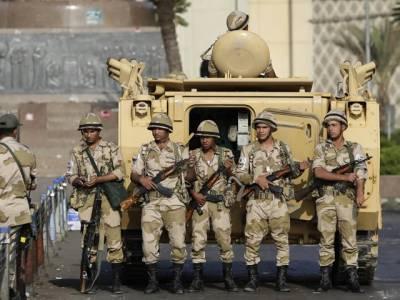 مصرمیں فوجی بکتر بند گاڑی پر جنگجوﺅں کاحملہ ، 6 فوجی ہلاک