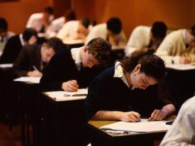سنگاپور میں امتحان میں پوچھا جانے والا ریاضی کا وہ سوال جس نے پوری دنیا کے طالب علموں کو چکر اکر دیا