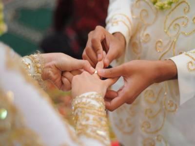 مراکش کے وزیر ساتھی خاتون سے شادی کریں گے