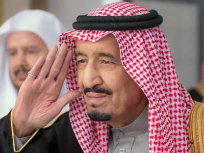 یمن سے بحفاظت نکالے گئے 11 پاکستانی شہریوں نے سعودی عرب میں عمرہ ادا کیا