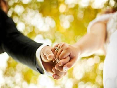 میاں بیوی کی عمر میں کتنا فرق ہو تو شادی کامیاب ہونے کا امکان زیادہ ہوتا ہے؟پراسرارسوال کا جواب مل گیا