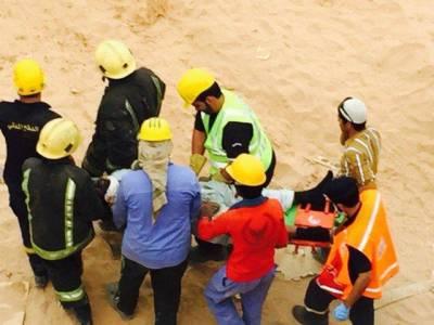 سعودی عرب میں زیرتعمیر عمارت گرنے سے 11افراد جاں بحق ، بیشتر پاکستانی ہیں :رپورٹ
