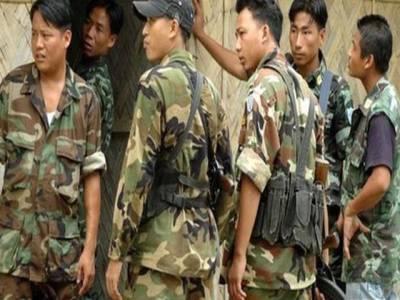 ماؤ باغیوں کے حملے، 8بھارتی فوجی ہلاک