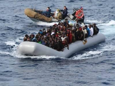 تارکین وطن کی کشتی ڈوبنے سے درجنوں افراد ہلاک