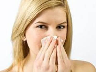 بیماریوں اور بلغم سے محفوظ رہنے کیلئے ناک صاف کرنے کا درست طریقہ