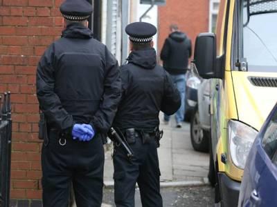 برطانوی انسداد دہشتگردی فورس کی کاروائی ،منی لانڈرنگ کے شبے میں 7افراد گرفتار