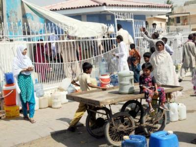 کراچی کے عوام پانی کےلئے دربدر،سندھ حکومت پانی پانی نہ ہوئی