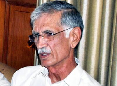 پرویز خٹک کی اعظم سواتی کو سینیٹر بنے پر مبارکباد