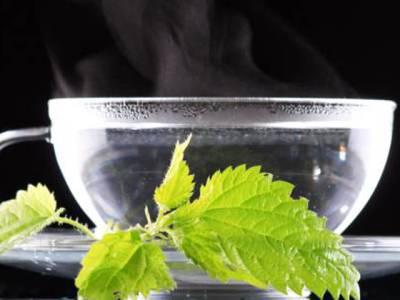 چینی گرم پانی کیوں پیتے ہیں ،فوائد جان کر آپ بھی یہی کرنا شروع کردیں گے