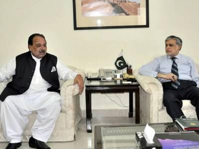 وزیر اعظم آزاد کشمیر چوہدری عبدالمجید کی اسحاق ڈار سے ملاقات