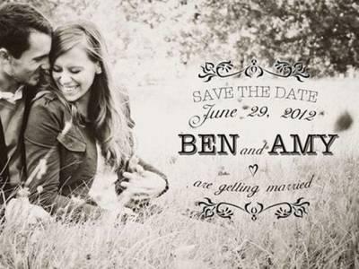 اس شادی کے کارڈ میں دولہے نے دلہن کو تنگ کرنے کیلئے کس غیر معمولی چیز کا اضافہ کیا ؟کیا آپ نشاندہی کرسکتے ہیں؟