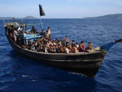 روہنگیا مسلمان مہاجرین کی کشتیوں کے تحفظ کیلئے 1.3 کروڑ ڈالر درکار ہیں: اقوام متحدہ