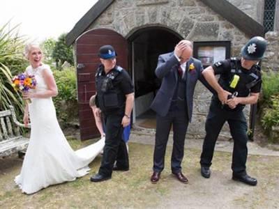 شادی کی تقریب میں دولہے کو ہتھکڑی لگ گئی لیکن پھر دولہن نے ایسا کا م کیا کہ جس کی کوئی توقع بھی نہیں کر سکتا