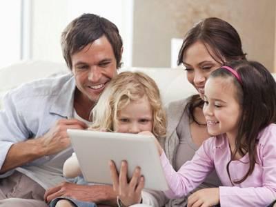 خوش رہنے والے جوڑوں کے ہاں بچوں کی پیدائش زیادہ ہوتی ہے:تحقیق