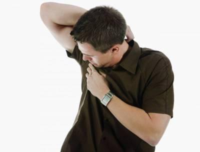 پیسنے کی بو دور بھگانے کے آسان طریقے