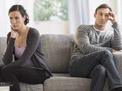 گڑبڑشادی کے دن سے ہی شروع ہو گئی،طلاق شدہ افراد نے ازدواجی زندگی کے ان رازوں سے پردہ اٹھا دیاجن پر عمل کر کے آپ بھی ناکامی سے بچ سکتے ہیں