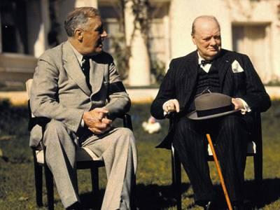 وہ وقت جب امریکی صدر نہاتے ہوئے برطانوی وزیراعظم کے ساتھ روم میں گھس گئے،آگے کیاہوا جان کر آپ ہنسی روک نہ پائیں گے